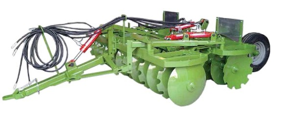 Pulverizer disc harrow with rear transport wheels and silico-manganese steel discs.