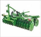 Standard 16 and 24-disc harrows available in the Economy or Speedy series
